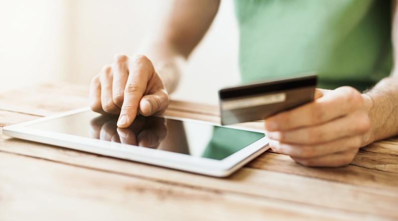 tablet-creditcard.jpg